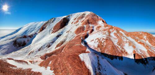 Гора Богдо зимой. Фото С. Шинкаренко